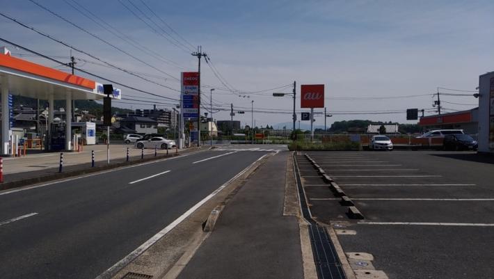 ドコモ南生駒店前