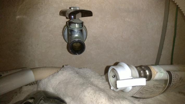 洗濯機の水栓4