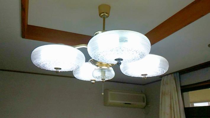 照明交換2