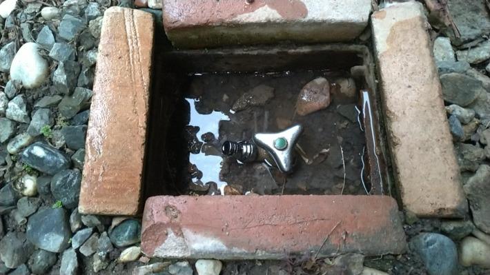 散水用水栓